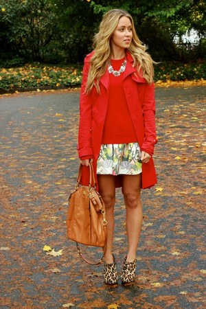 red cashmere Equipment sweater - ruby red trench Bebe jacket