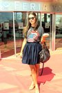 Gray-vintage-t-shirt-blue-h-m-skirt