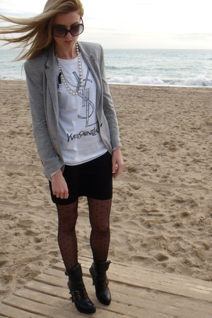 black H&M skirt - black Jeffrey Campbell shoes - silver Zara blazer - white t-sh