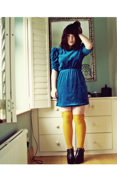 blue blue velvet vintage dress - black Jeffrey Campbell boots
