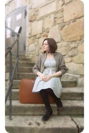 black boots stone creek boots - flower print Orsay dress