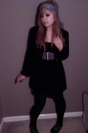 black blazer - black Forever 21 dress - gray Forever 21 shoes - gray Forever 21