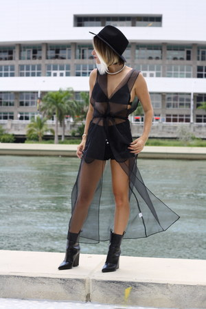 black Celine boots - black Style Mafia dress - black rag & bone hat