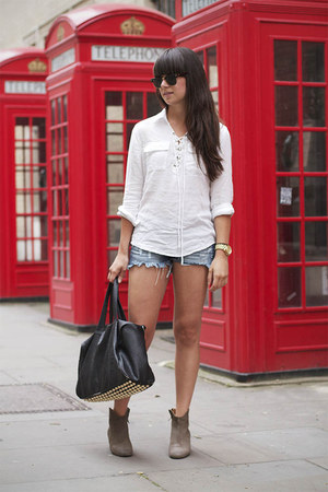 heather gray boots - white blouse