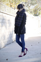 dark green tartan scarf - black coat - purple heels