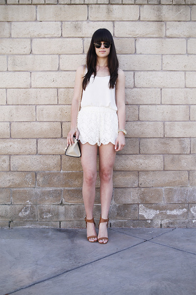 white lace scalloped shorts - white top - brown sandals