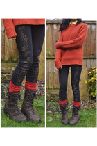 burnt orange chunky man next jumper - dark brown suede lace-up Rockport boots