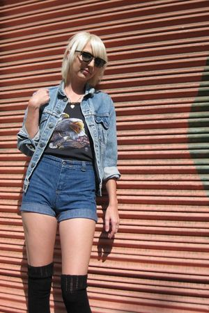 blue Levis jacket - black Harley Davidson top - blue Dittos shorts - black Urban