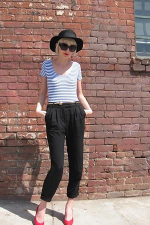 black Deena & Ozzy hat - blue Touch Me top - black H&M pants - red Charles Jourd