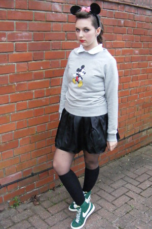 silver vintage mickey Disney jumper - black Disney accessories