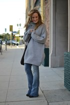 heather gray Zara sweater - navy 7 for all mankind jeans - crimson tano bag