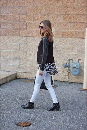 white Old Navy jeans - leather unisa boots - leather Loft blazer