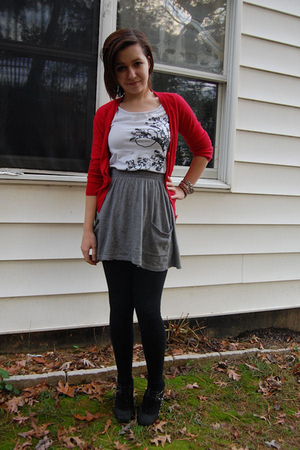 H&amp;M sweater - H&amp;M t-shirt - Target skirt - Forever 21 leggings - deena and ozzy 