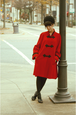 red estate sale coat - black estate sale hat - Rue 21 shoes - black
