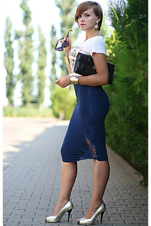 navy lace random brand skirt - light yellow pull&amp;bear t-shirt