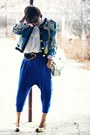 Blue-bershka-pants-gold-vintage-accessories