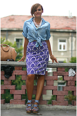 violet printed Primark skirt - light blue denim Zara shirt