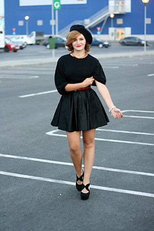 black suede Forever 21 shoes - black River Island skirt