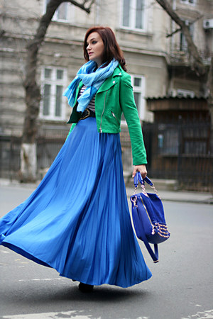 blue gold detailing OASAP bag - green cropped H&amp;M jacket