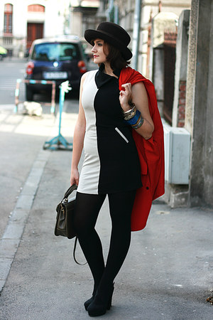 black vintage dress - black Forever 21 shoes - Vintage Pierre Cardin coat
