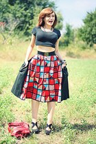 red vintage guy laroche skirt - black Forever21 shoes - black no brand t-shirt