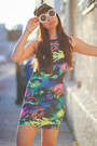 Neon-sway-chic-dress-low-top-white-dr-martens-shoes-penelopes-vintage-hat