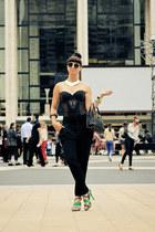 corset vintage top - penelopes vintage sunglasses - sol society heels