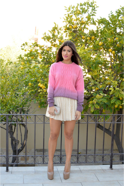 bubble gum asos sweater - ivory Bottega Veneta bag - cream Topshop pumps