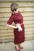 retro glamour vintage gloves - wiggle dress asos dress - red Office pumps