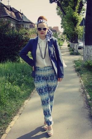 navy athmosphere blazer - ivory Ottorose shirt - aquamarine striped H&M scarf