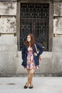 Coral-floral-print-pull-bear-dress-navy-zara-coat-light-pink-orsay-bag