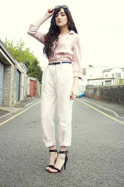 black Primark sunglasses - light pink French Connection pants
