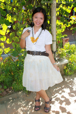 white Pierre Marie skirt - brown Miss Bella Mode bracelet