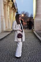 black leather Pablo Gerard Darel boots - off white Sara Kelly by Ellos coat
