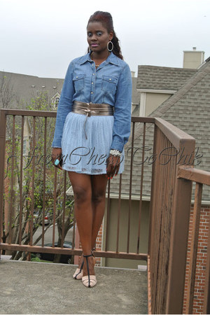 light blue lace Forever21 skirt - turquoise blue jeans J Brand shirt