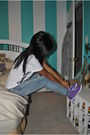 White-forever-21-t-shirt-blue-levis-jeans-purple-bdg-shoes