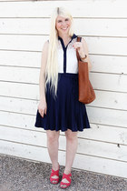 navy lace dress vintage dress - brown leather madewell bag - red Blowfish wedges