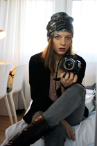 pink Sonja Rykiel for H&M top - gray Cheap Monday jeans - black vagabond boots -