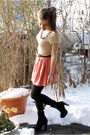 Black-zara-boots-beige-uniqlo-t-shirt-pink-gina-tricot-skirt-silver-the-sc