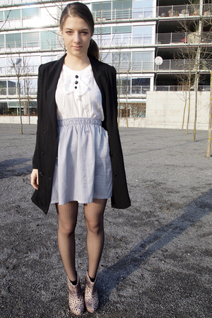 silver Mango skirt - white H&amp;M blouse - black H&amp;M Trend blazer - beige Zara shoe