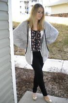 heather gray oversized vintage sweater - black floral print blouse - gold Steve