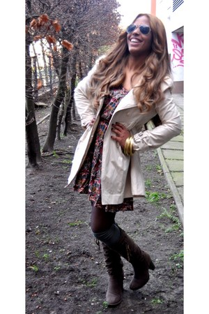 dark brown Graceland boots - Zara dress - beige vintage jacket - olive green soc