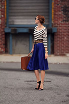 Pleated Blue
