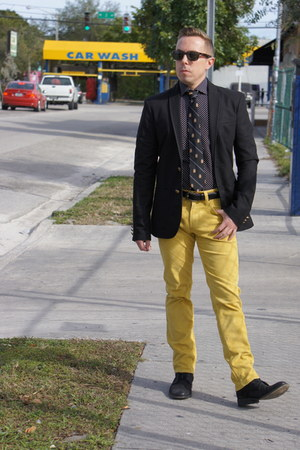 black Kenneth Cole boots - black Zara blazer - black H&M shirt