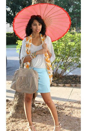 sunflower scarf - bag - shorts - leafy top