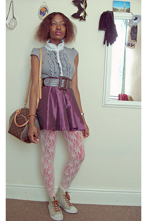 top - belt - skirt - tights - shoes
