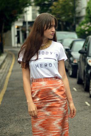 white slogan Zoe Karssen t-shirt - nike sneakers