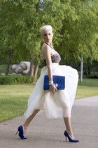 off white tulle Shabby Apple skirt - blue clutch Lulus bag