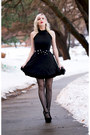 Black-lbd-lookbook-store-dress-black-clutch-oasap-bag