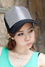 Chicnova-hat